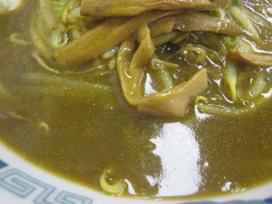 カレーラーメンのスープをアップw