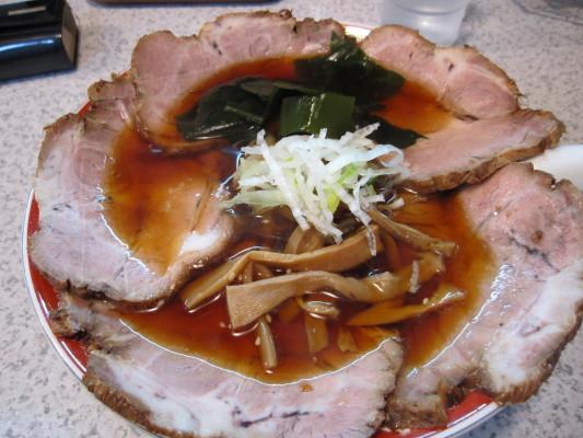 つるつる屋 正油チャーシュー麺