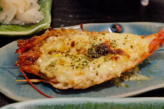 二番セットのおまかせ料理(えびマヨ焼き)