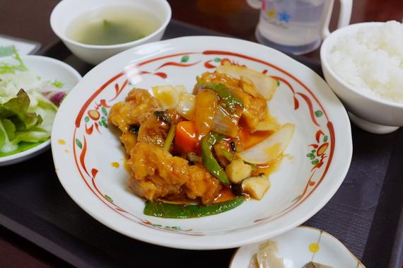 日替わりランチ(鶏肉の甘酢炒め)