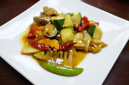 秋刀魚と季節野菜の甘辛炒め