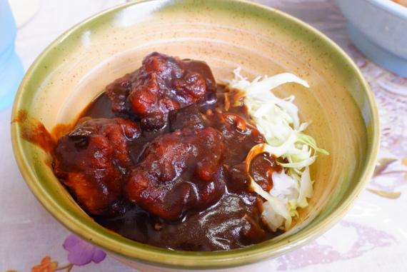 特丼(鳥ザンギ入りミニカレーライス丼)