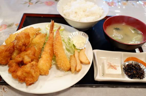 Bミックスフライ定食