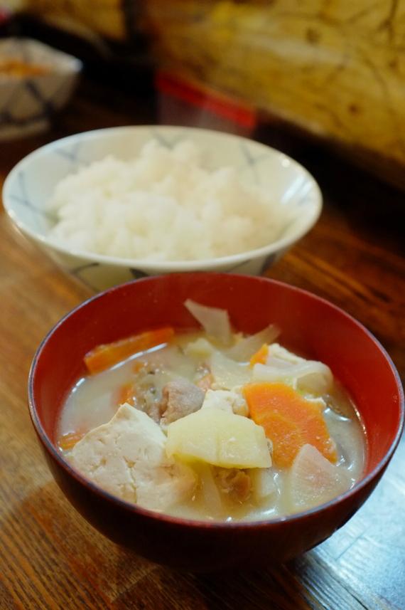 味噌汁(豚汁)