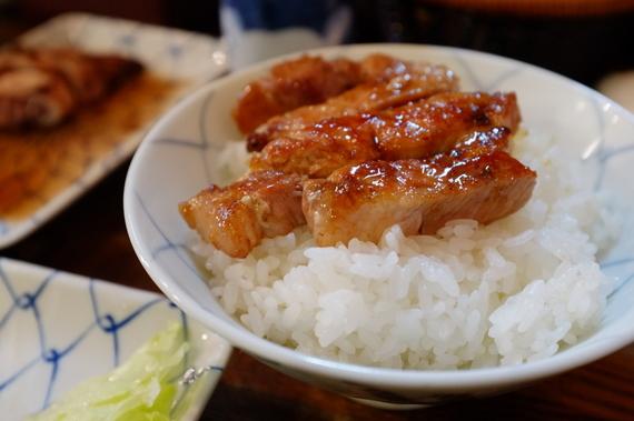 生ロース チャップ焼き オンザライス