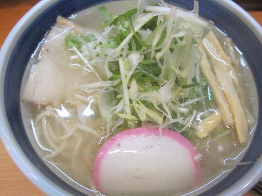 しおらーめん(650円)