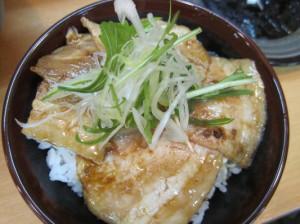 チャーマヨ丼(350円)