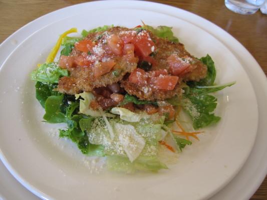 【シェフのおすすめコース】豚ヒレのカツレツ フレッシュトマトとバジルのケッカソース