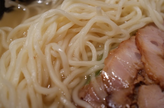 匠塩ラーメン 麺あっぷw