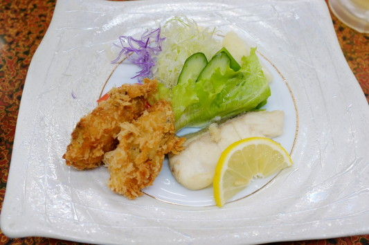 カキフライ+白身魚(タラ?)ソテー