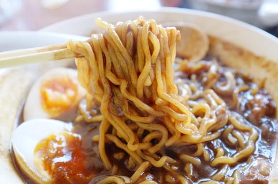 カレーラーメン 麺あっぷw