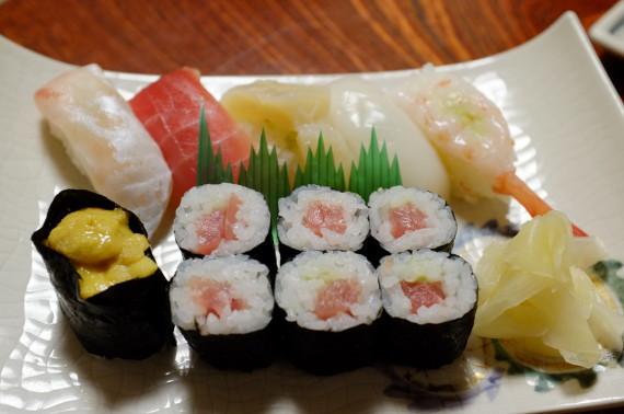 寿司定食(握り6カン細巻1本)