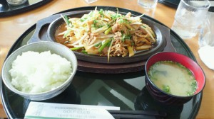 豚肉キムチ定食