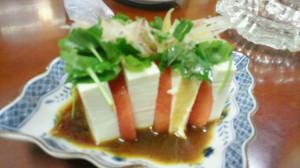 かめやのトマト豆腐サラダサンド