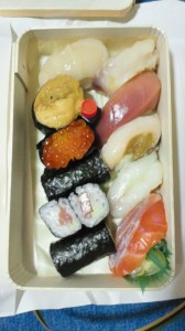 徳寿司のおり。美味かった。