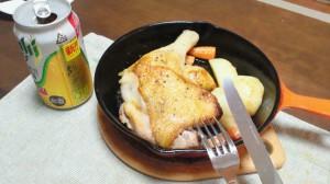 ある日の夕食(鶏モモ肉ごろっと焼き)