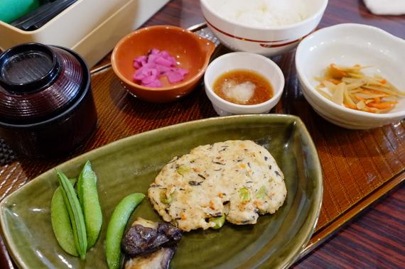 豆腐ハンバーグ和膳