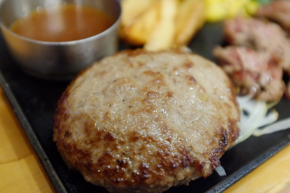 手ごねハンバーグ&カットステーキ