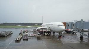 雨の熊本空港