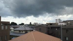 何やら微妙過ぎる雲たちです