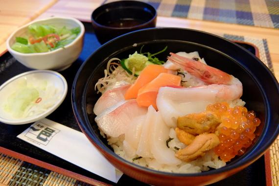 海鮮四季彩丼