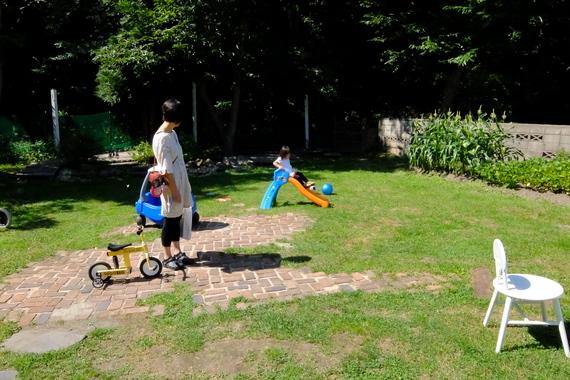 庭で遊べる