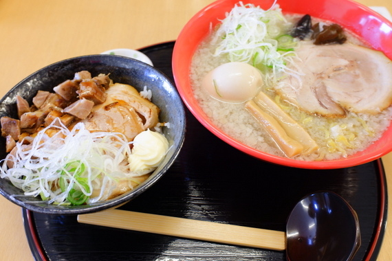 背脂塩ラーメン+チャーシュー丼セット